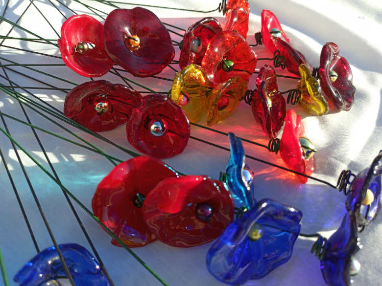 fleurs en verre fusionné