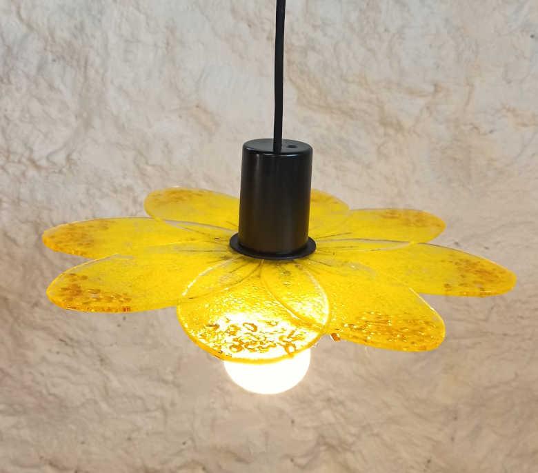 lustre jaune tournesol en verre