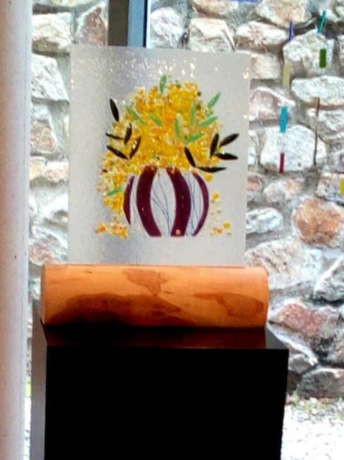 vase de mimosa et sa buche d'olivier
